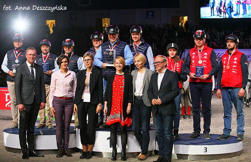 ZAPRZĘGI - podium
